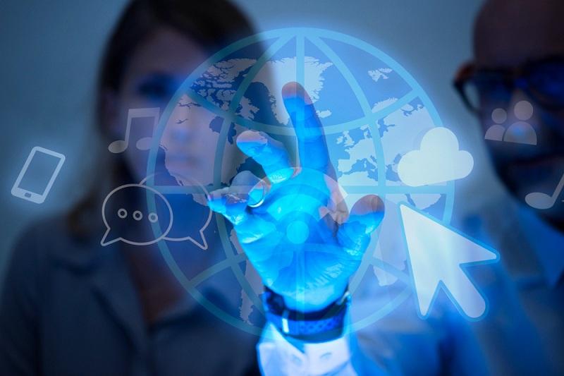 Contabilidade para empresas digitais mulher globo azul